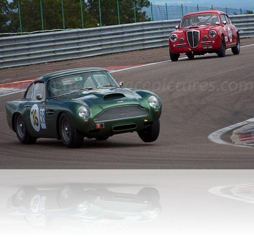 38 Aston Martin DB4GT, 33 Lancia Aurelia B20 GT
